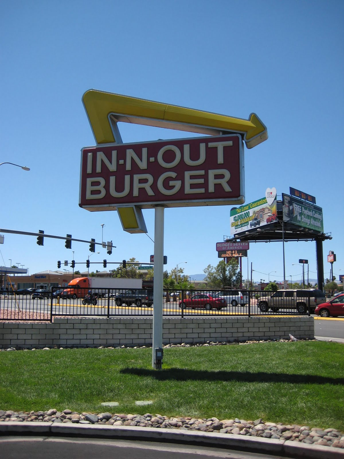 GourmetGorro: The Las Vegas Epic 2011 - In-n-Out Burger review