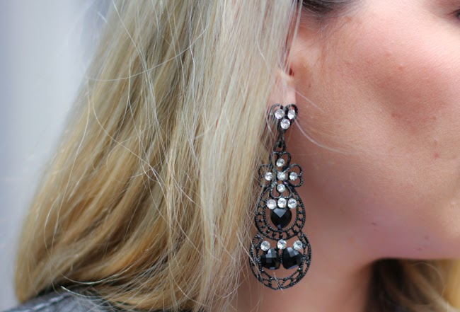 black hanging earrings
