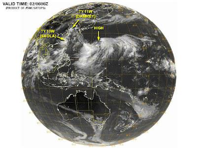 Tercer ciclón tropical en formacion en el oeste del océano Pacífico, 02 de Agosto 2012