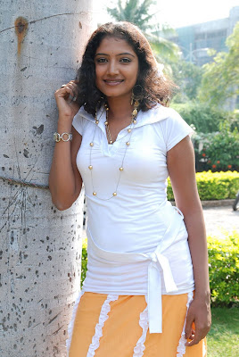 Tollywood Actress Maju Sri Hot HQ Photos