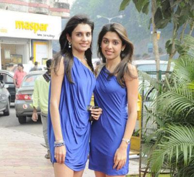 Photos  Sonal Chauhan at Samsara Harpers Bazaar Shades of Spring Event sexy stills