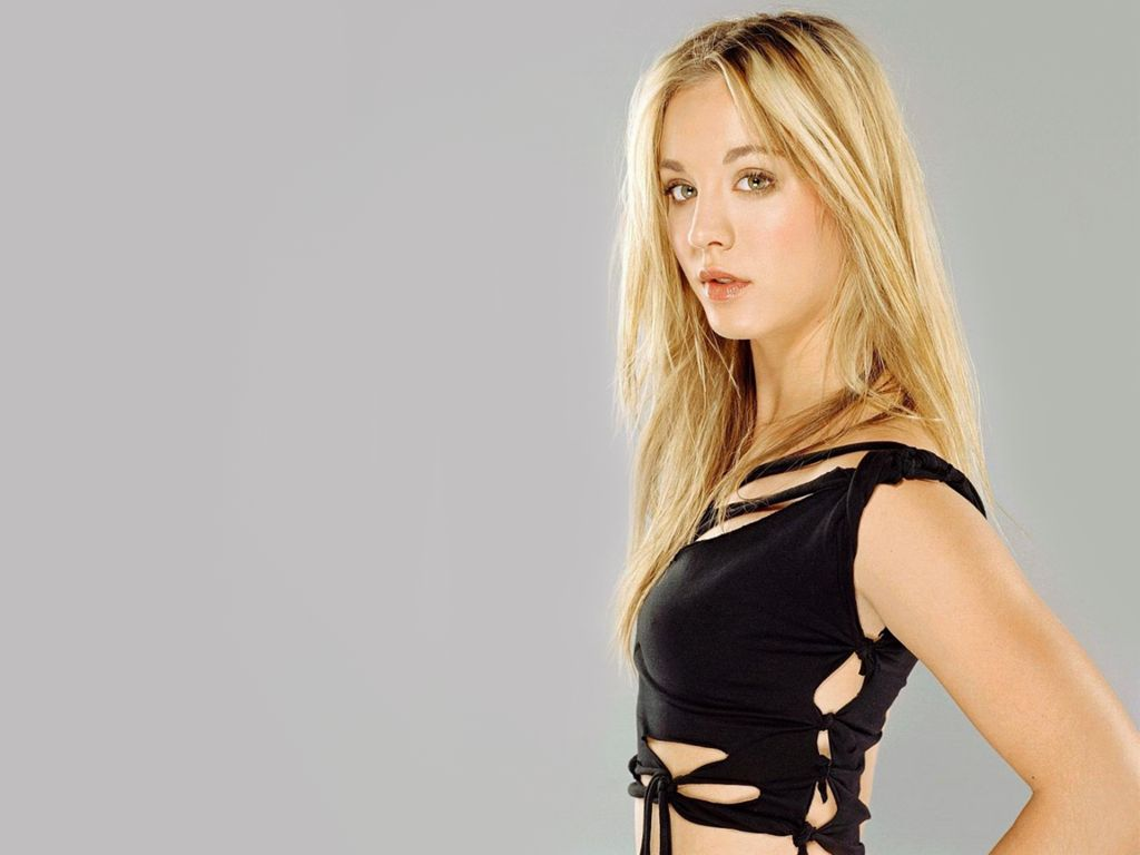 life wallpaper: kaley cuoco wallpapers