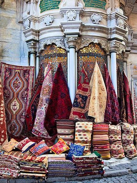 Marokańskie kolorowe kilimy