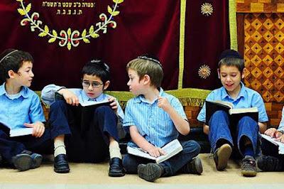 Rahasia Kecerdasan Orang-orang Yahudi: Ambil yang Baik, Buang yang Buruk
