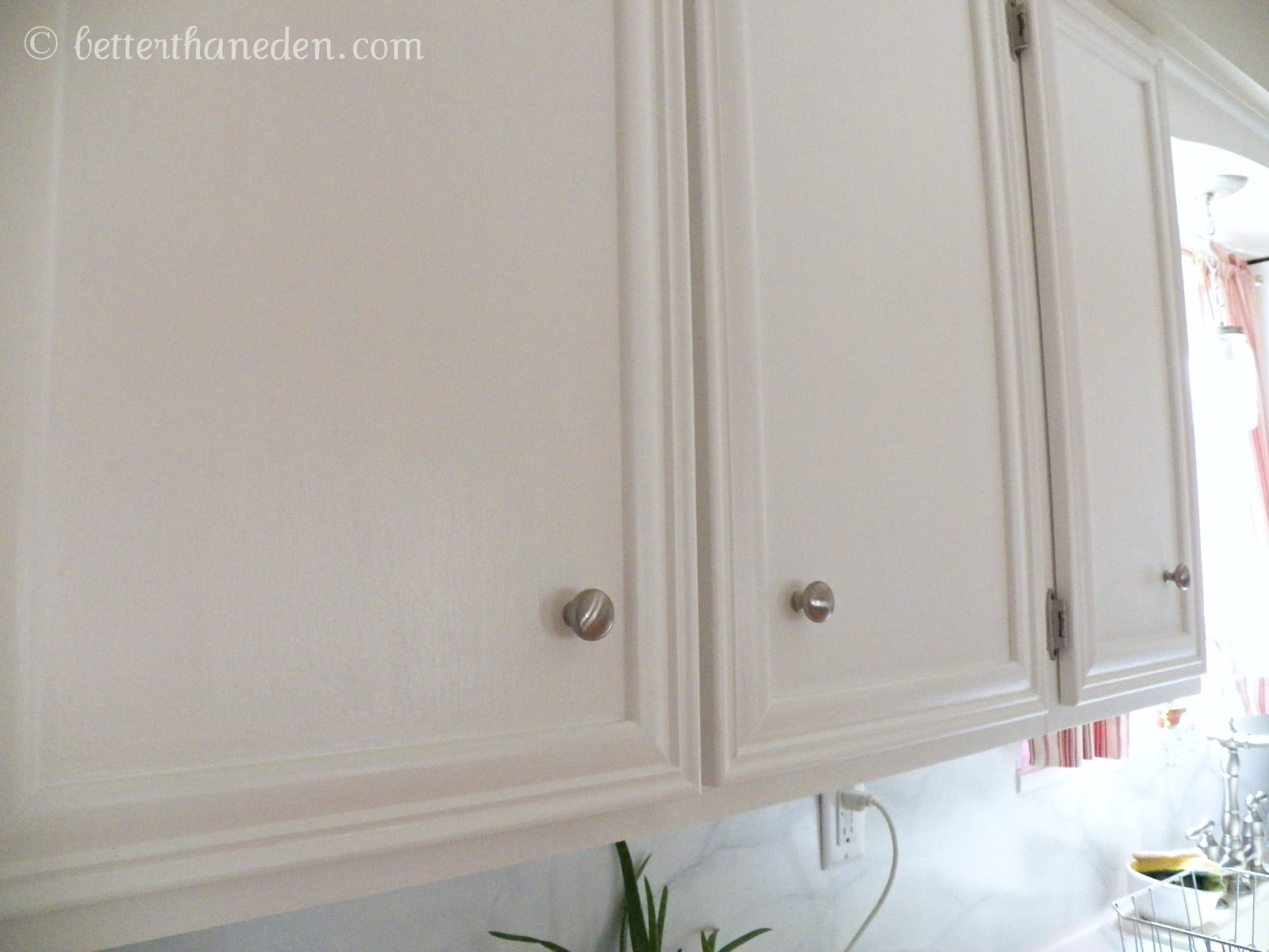 Painting kitchen cabinets polyurethane finish - I Ended Up Using Two Coats Of Minwax Clear Polycrylic In A Matte Finish To Seal The Cabinets I Tried Polyurethane On My First Few And It Yellowed And