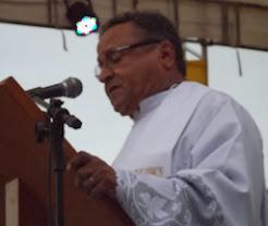 Padre Ednilson Vivas