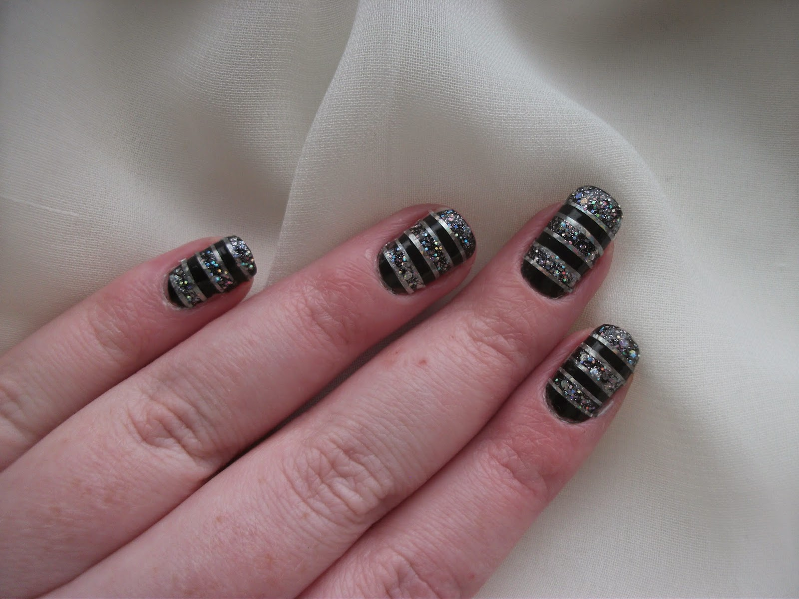 Rio Nail Artist Shimmer & Sparkle  notd