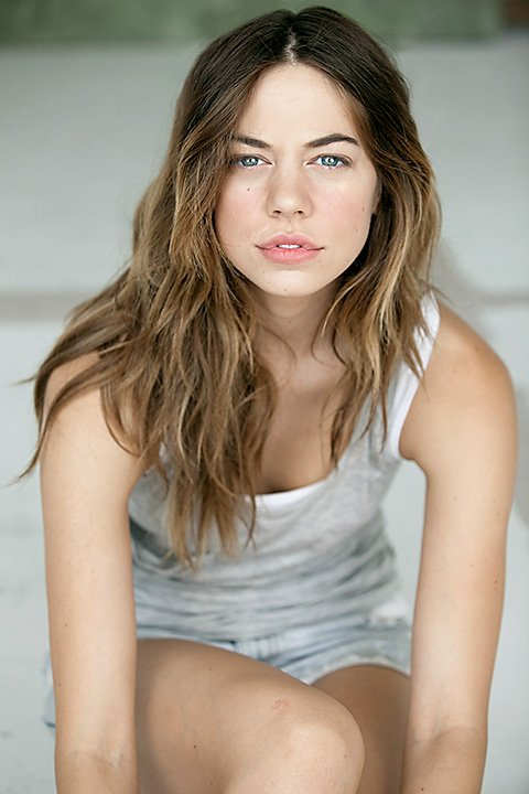 Analeigh Tipton  photo.. ... only ones who desperately fap to you in their bedrooms, Analeigh Tipton!