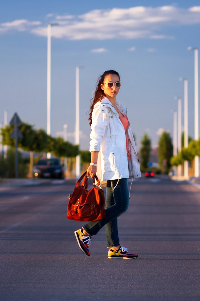 Blogger wanted: outfit with Jennyfer white parka and jeans