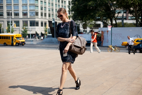 wedge heals 40s fashion heals dress new york street style womens fashion new york nyc the stylepreneur