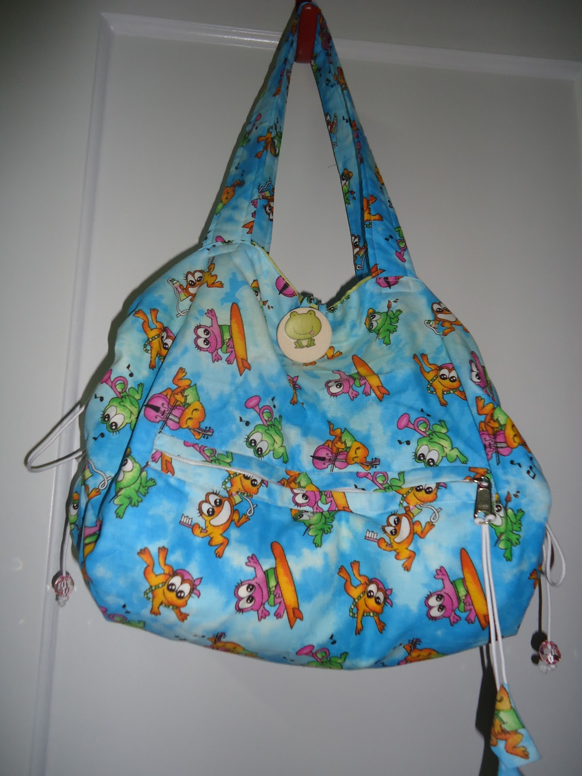 Bolsa para praia e piscina patchwork sueli amaral for Bolsa piscina