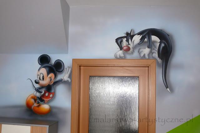 Artystyczne malowanie ściany w pokoju dziecięcym, malowanie bajek na ścianie