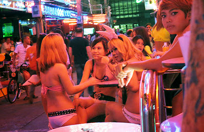 Nightclub Girls at Soi Cowboy Bangkok Sukhumvit