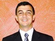 FALE COM O VEREADOR ERIC FABIANO SARTORATO DE OLIVEIRA PROFESSOR ERIC - CLIQUE