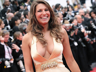 Laury Thilleman HD Wallpapers