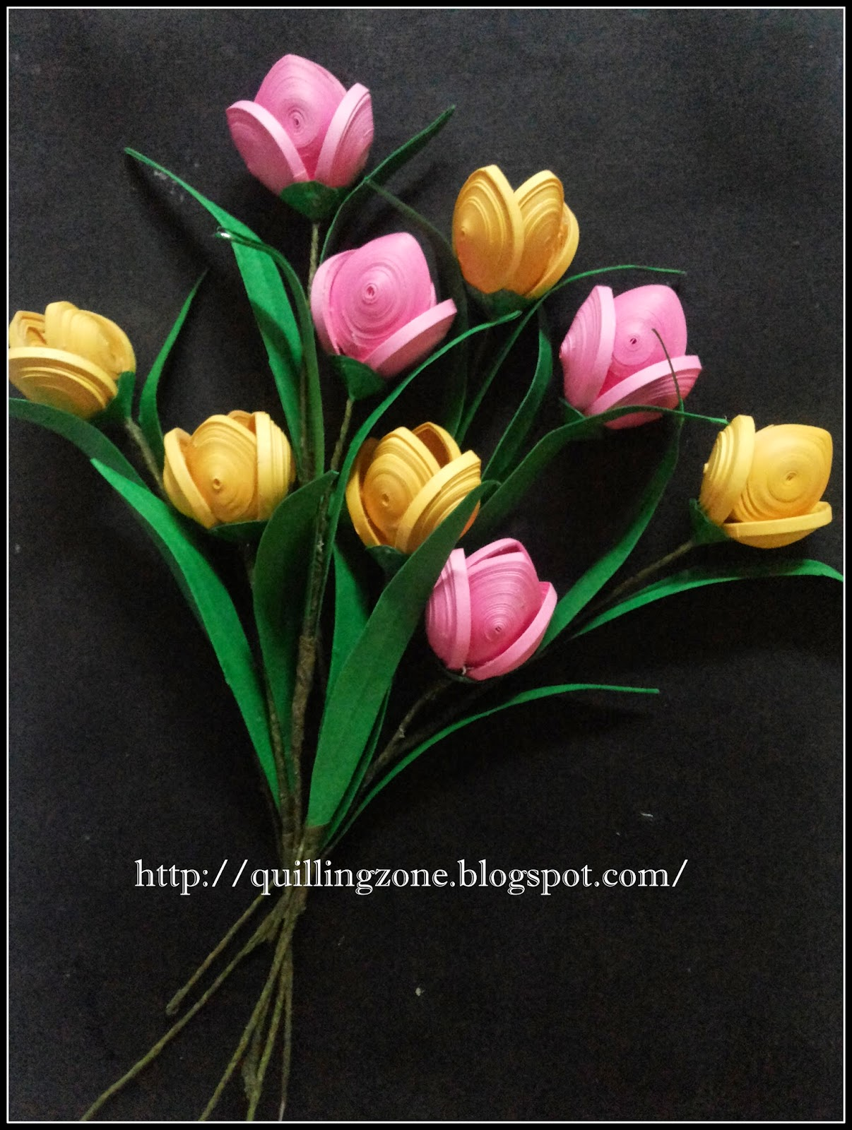 http://quillingzone.blogspot.tw/2014/05/paper-quilled-tulps.html