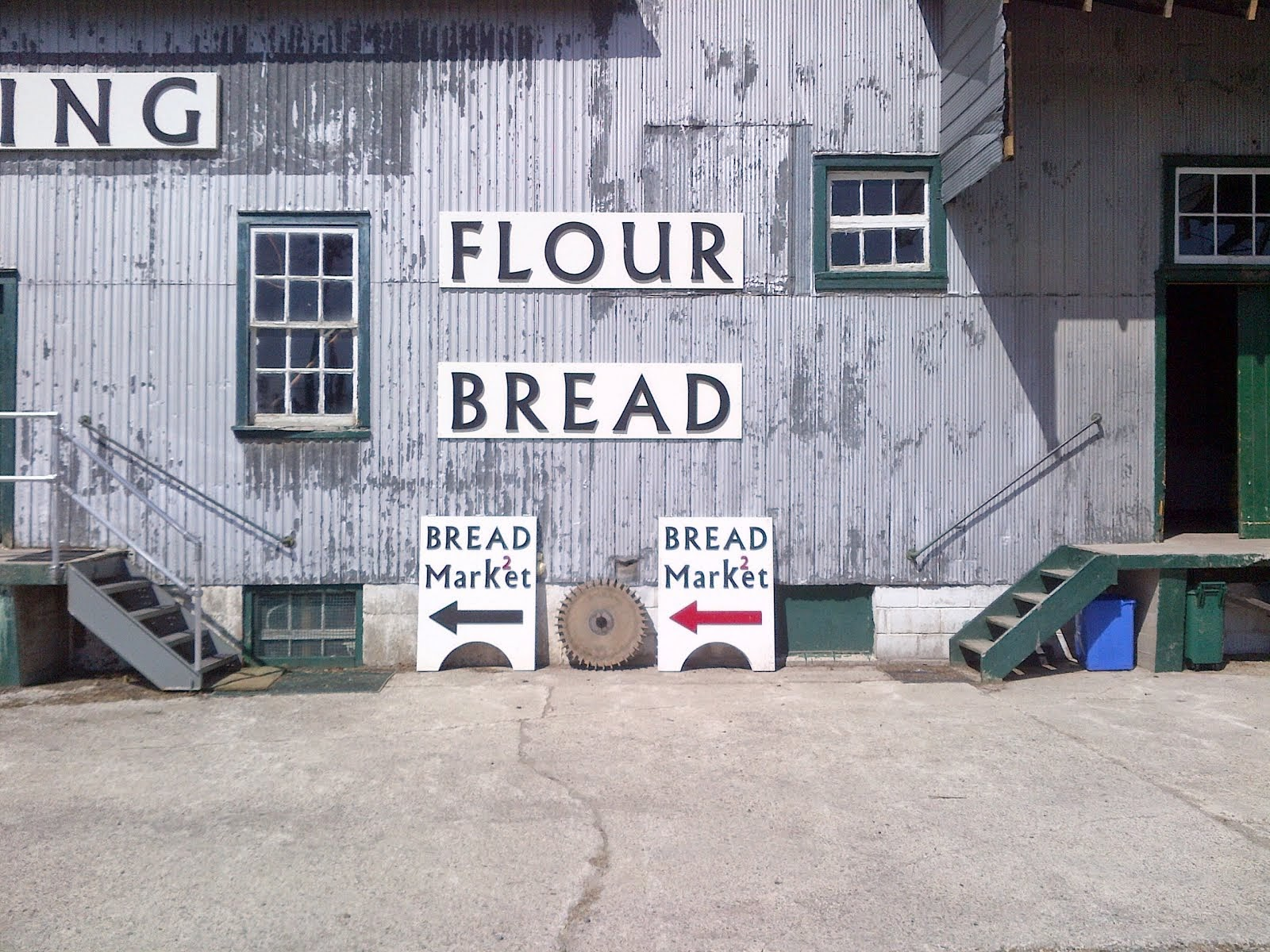 k2MILLING  -.- ..---Grinding; against the grain.  FLOUR   FLOUR  FLOUR  Beeton Mill MarKet