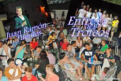 ENTREGA DE TROFEOS Y J. RAMÓN FUENTES