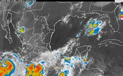 Prevén fuertes lluvias y día nublado en Quintana Roo