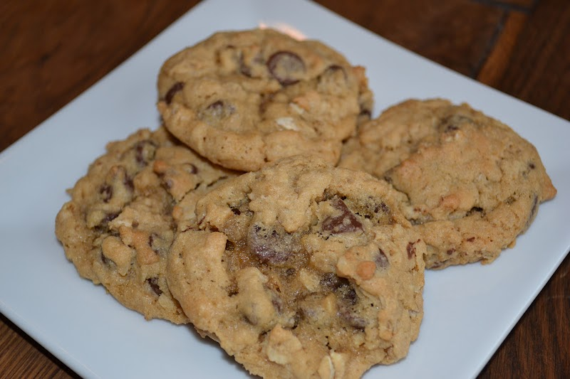... Delights with Rebecca: Whole Wheat Chocolate Chip Oatmeal Cookies