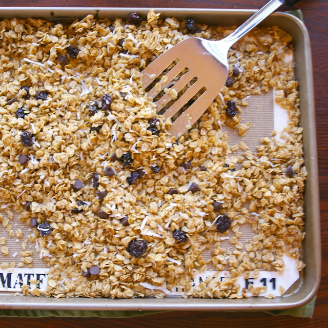 Vanilla Coconut Cherry Chocolate Chip Granola- simplelivingeating.com