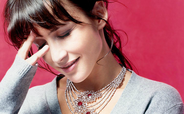 http://4.bp.blogspot.com/-3uDEfcBHxZg/USZoKpoCG4I/AAAAAAAAFmw/xRvYqIGx0YA/s1600/Sophie+Marceau+8.jpg