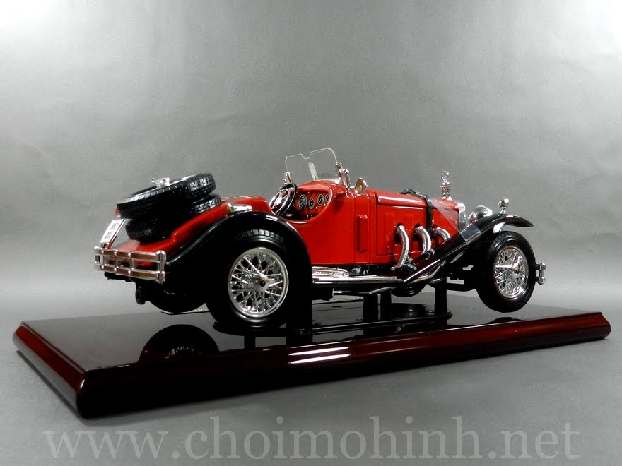 Mercedes-Benz SSK 1928 1:18 bBurago right