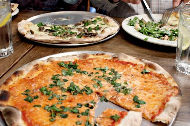 ca'dario's pizzeria - pizza