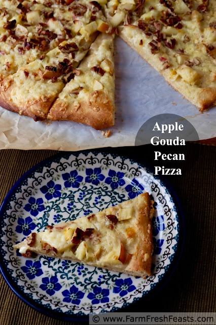 http://www.farmfreshfeasts.com/2015/09/apple-gouda-and-pecan-pizza.html