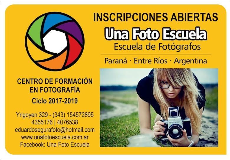 A Una Foto Escuela - Parana - Entre Rios - Argentina