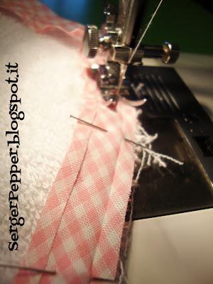 simple sewing bibs bias serger-pepper