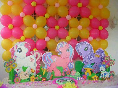 Laterales De Globos  Y En Medio Los Personajes De My Little Pony