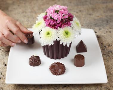 Cake Vase Fancy Flours