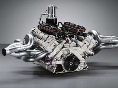 porsche 918 engine - Porsche 918 Spyder Engine