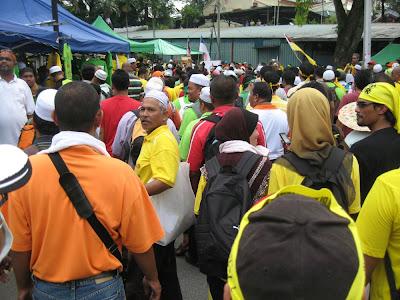 Himpunan Kebangkitan Rakyat, crowded road to Merdeka Stadium