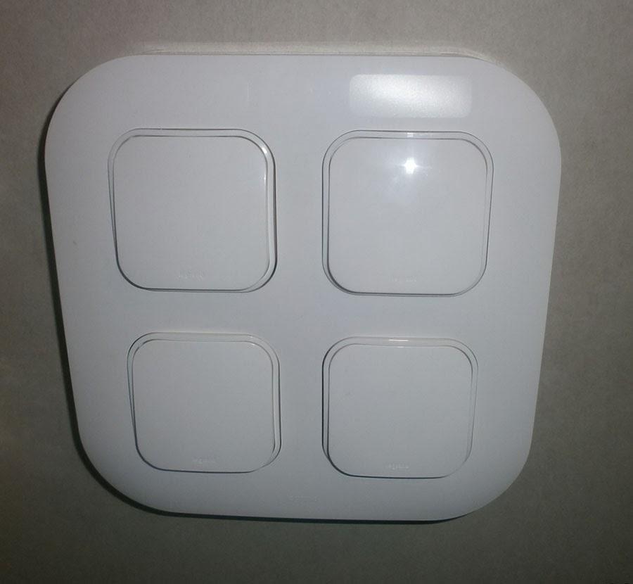 Четыре выключателя от Legrand фото