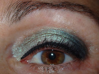 Maquillaje de ojos verde claro
