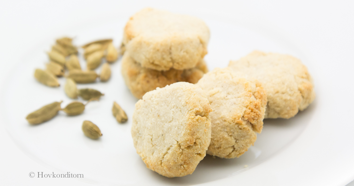 Hovkonditorn: Vegan and Gluten-Free Cardamom Cookies