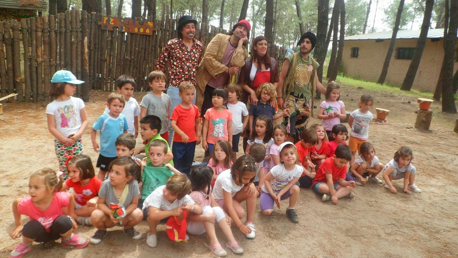 http://aulainfantil-rocio.blogspot.com.es/2014/05/salida-al-quinto-pino.html