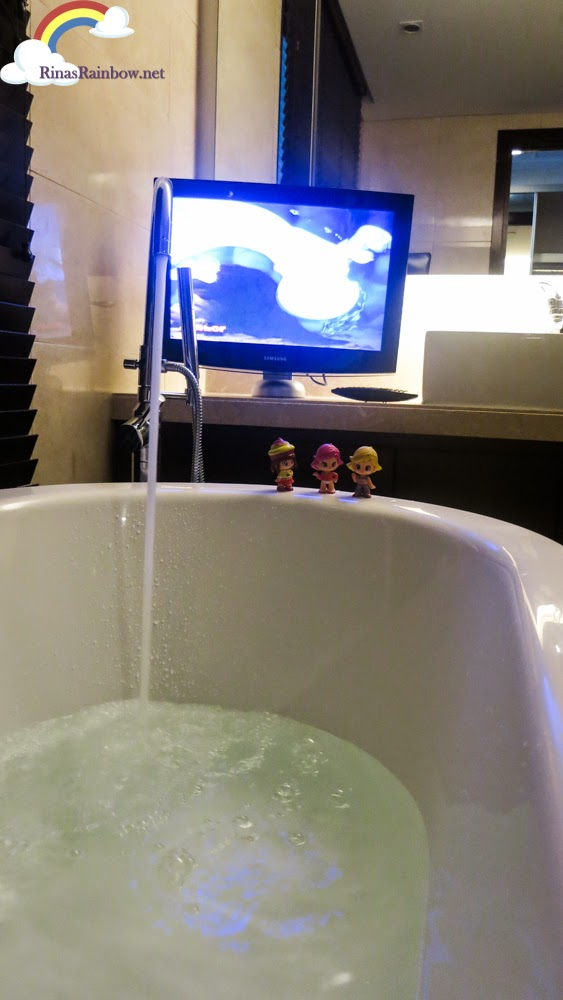 tub and tv