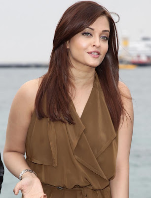 Cannes Film Festival, Aishwarya Rai Bachchan, Ash at Cannes, Minissha Lamba, Madhur Bhandarkar, Ronnie Screwvala, Photogallery, Photo Gallery Brings Hot Photo Gallery, Celebrity Photo Gallery, Films Photo Collection, Photos of Bollywood Stars, Sports Gallery, India Photo Gallery, model Photo Galleries,Pictures, Photo Collection