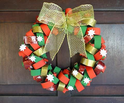 como hacer corona de navidades con rollos de papel higienico