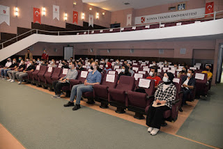 KTÜN Rektörü Prof. Dr. Özçelik, TEKNOFEST'21 Yarışmalarına Hazırlanan Öğrencilerle Bir Araya Geldi