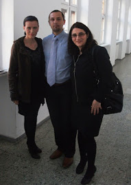 Împreună cu drd. Laura Ulinici şi drd. Ioana  Iriciuc, Bucureşti, 13.V.2011...