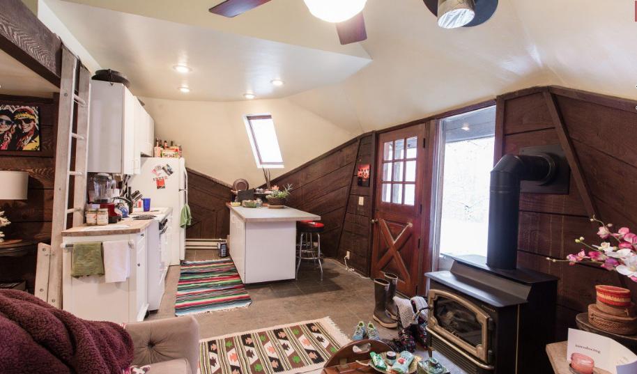 Mini casas interior mini casa de madera 2 for Mini casas decoracion