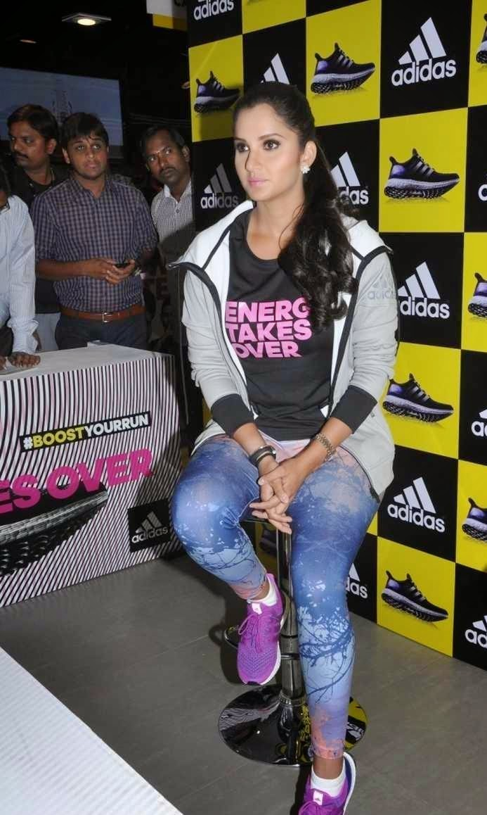 Sania mirza unveils adidas ultra boost