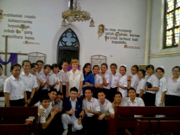 Ibadah Kapel with Miss Leonora