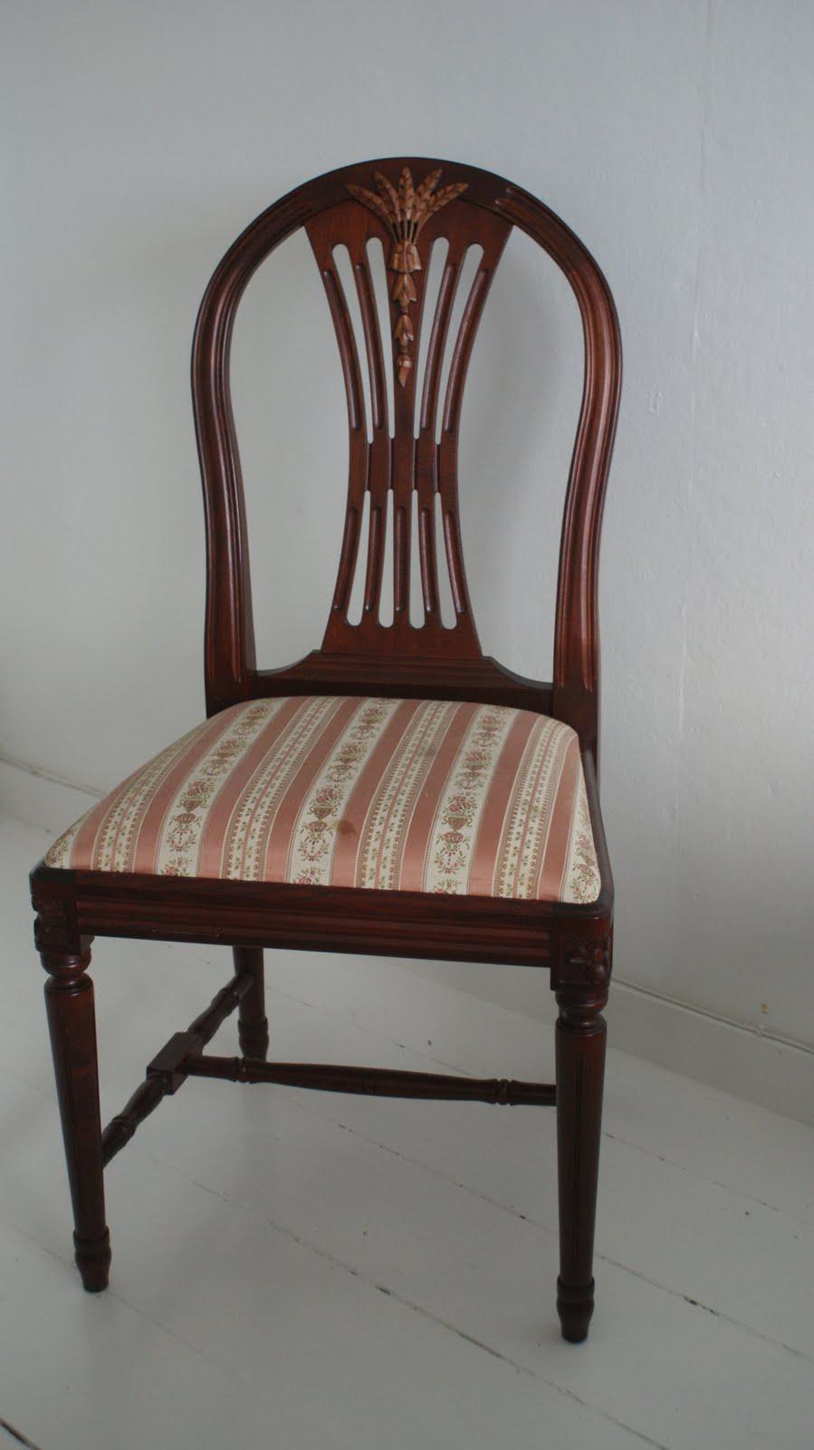 French Romance: Gustaviansk spisestue møbler