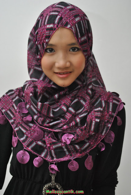 Foto Model Berhijab Cantik, Fatin Lewat! (20 Pic)