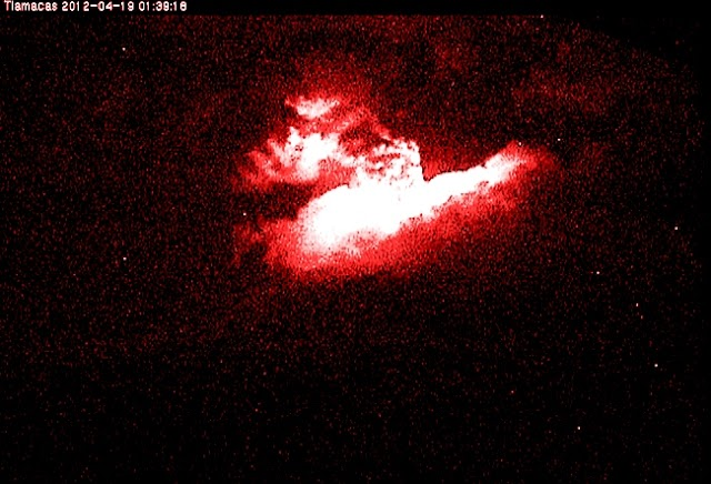 Popocatépetl arroja magma